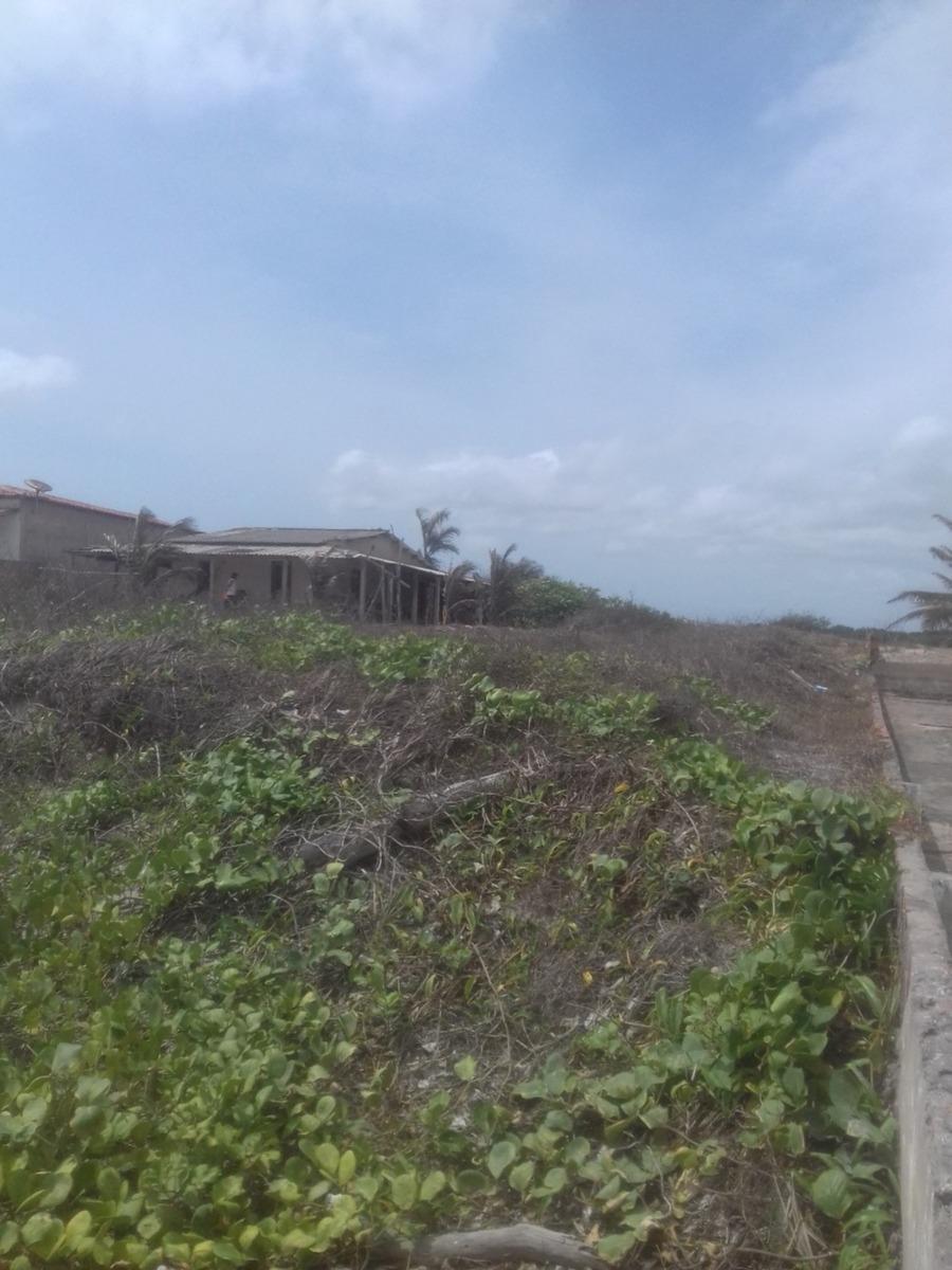 terreno na praia de panaquatira, de frente para o mar