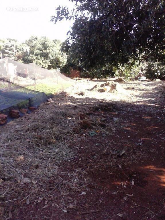 terreno no condomínio frei galvão - te0102