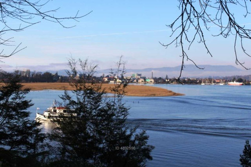terreno orilla río vista insuperable