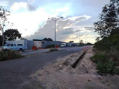 terreno para desarrollo habitacional en cholul merida. zona residencial.
