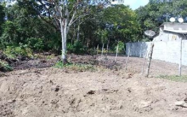 terreno parcelado e escriturado na praia, r$13 mil +parcelas