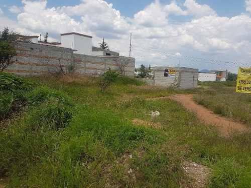 terreno plano a media calle de av venustiano carranza, cerca del soriana