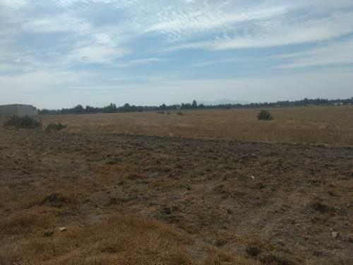 terreno plano colinda base aérea santa lucia