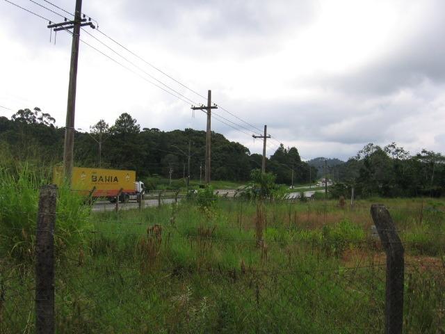 terreno plano frente para rodovia comercial