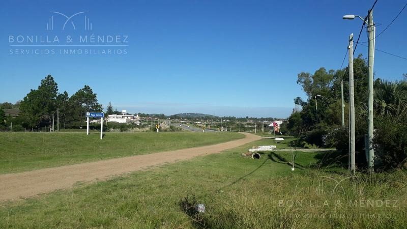 terreno - proa del mar