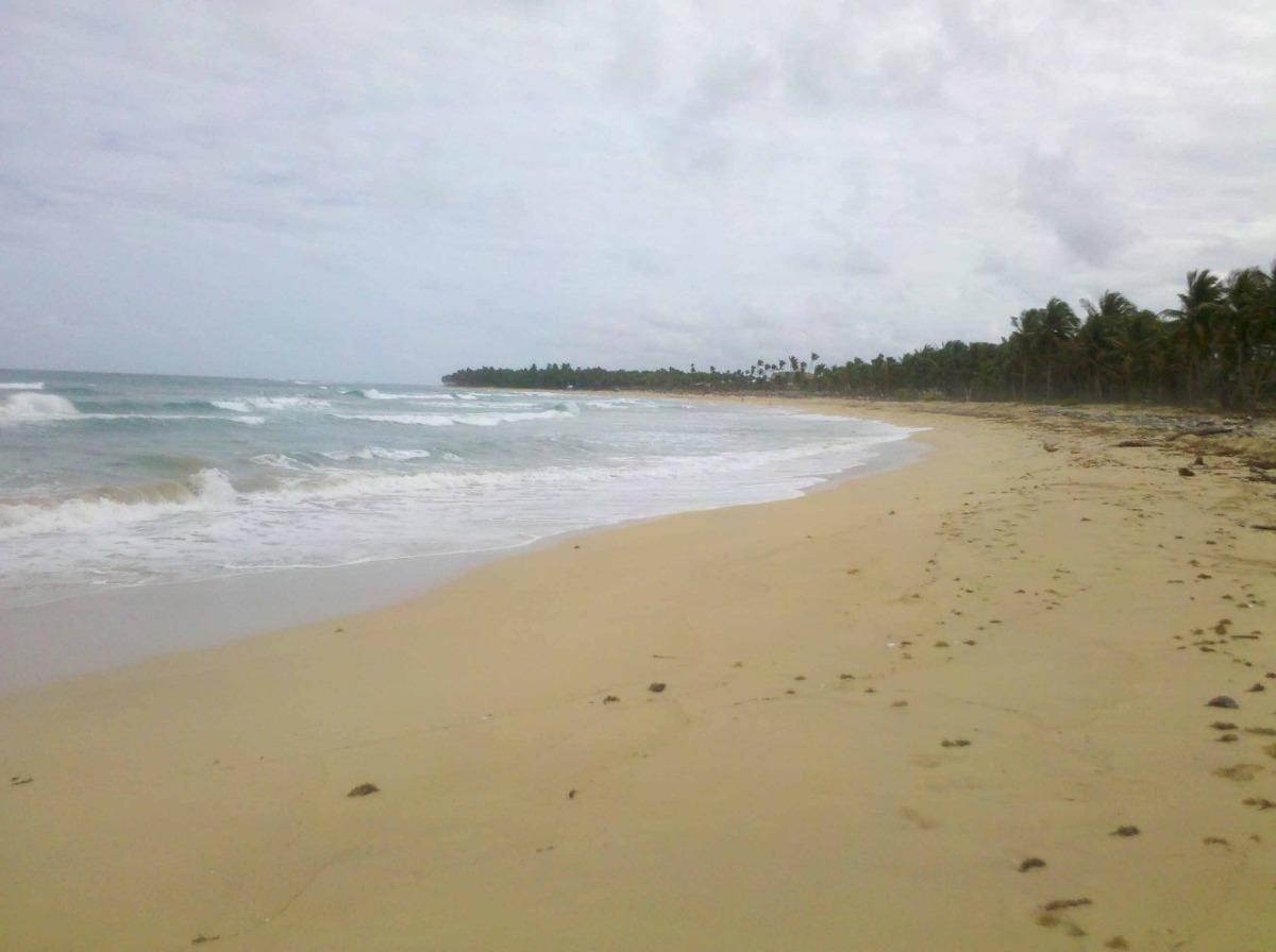 terreno punta cana ubero alto 4000000m2 con playa us$55/m2