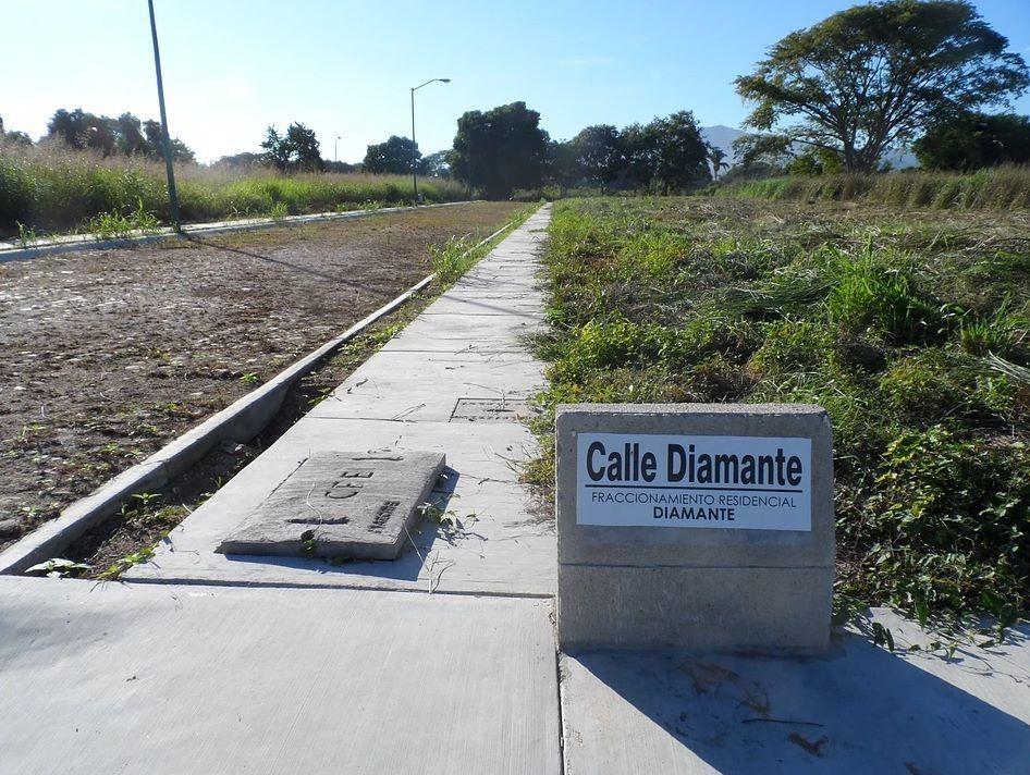 terreno residencial diamante manzanillo