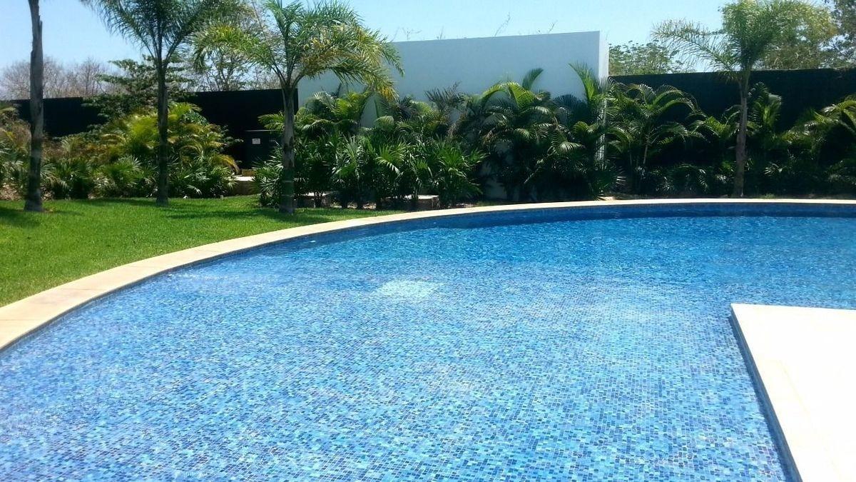 terreno residencial en privada de lujo con casa club