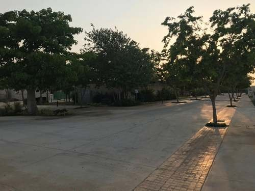 terreno residencial en venta en exclusiva privada del norte de mérida.