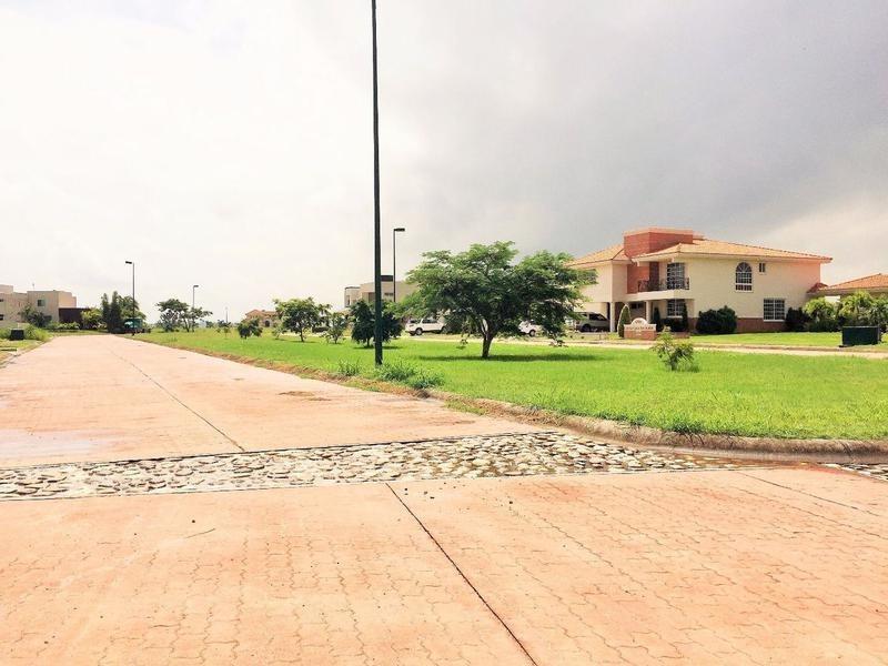 terreno residencial en venta en lagunas de miralta