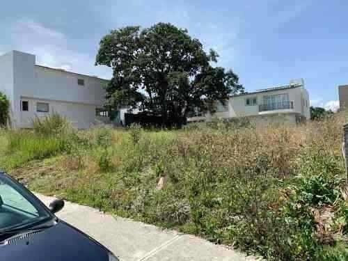 terreno residencial plano