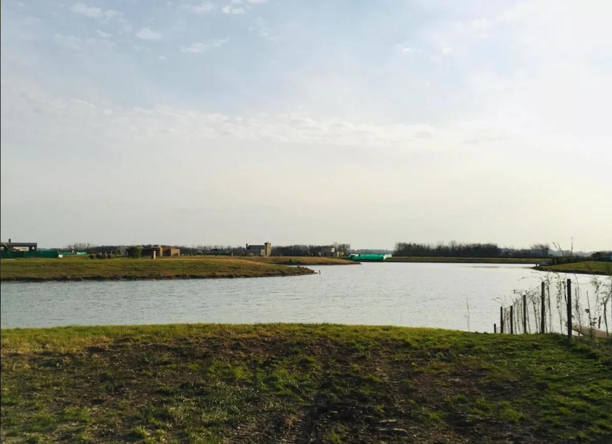 terreno - san sebastian - venta - al lago