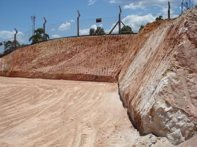 terreno serra negra 2 lotes a 500 metros do centro (leia)