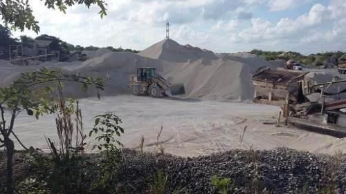 terreno sobre carretera cancún - puerto morelos.