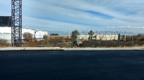 terreno sobre la carretera de tenango hacia metepec