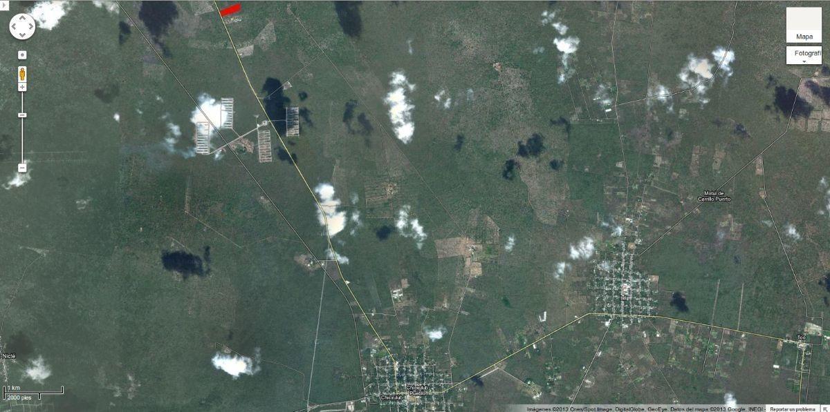 terreno ubicado a la salida de chicxulub pueblo.