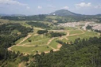 terreno uso residencial terras de araçariguama 7x25 mts