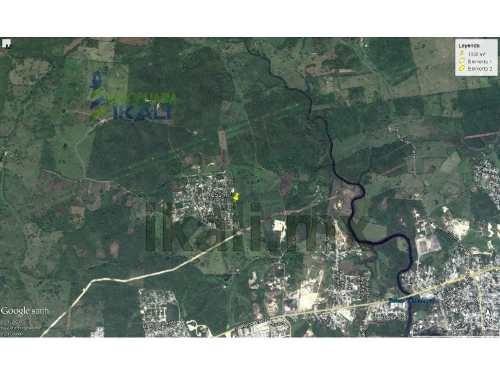 terreno venta 1050 m² en esquina cruz naranjos tuxpan veracruz , se encuentra ubicado en esquina en la calle 10 de mayo en la comunidad de cruz naranjos, cuenta con 1050 m², son 45.30 m. de frente po