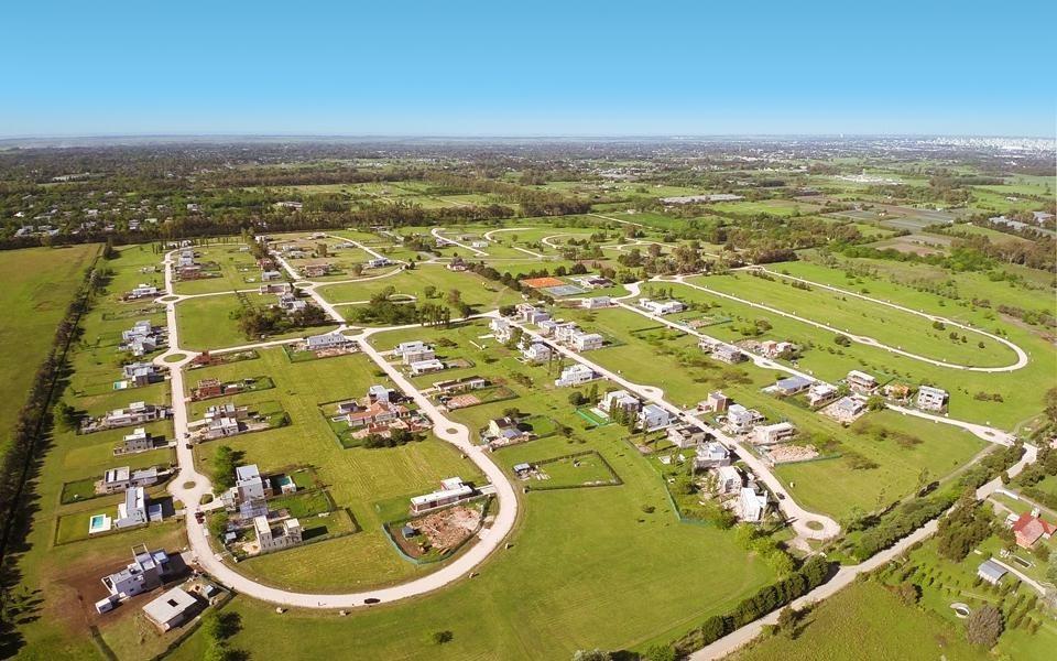 terreno venta 40 x 53 mts -2,100 mts 2 -lomas de city bell