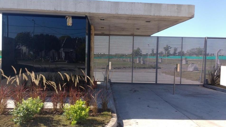 terreno venta barrio el roble 270 mts 2- 8,98   x 30,13 mts- posible financiación
