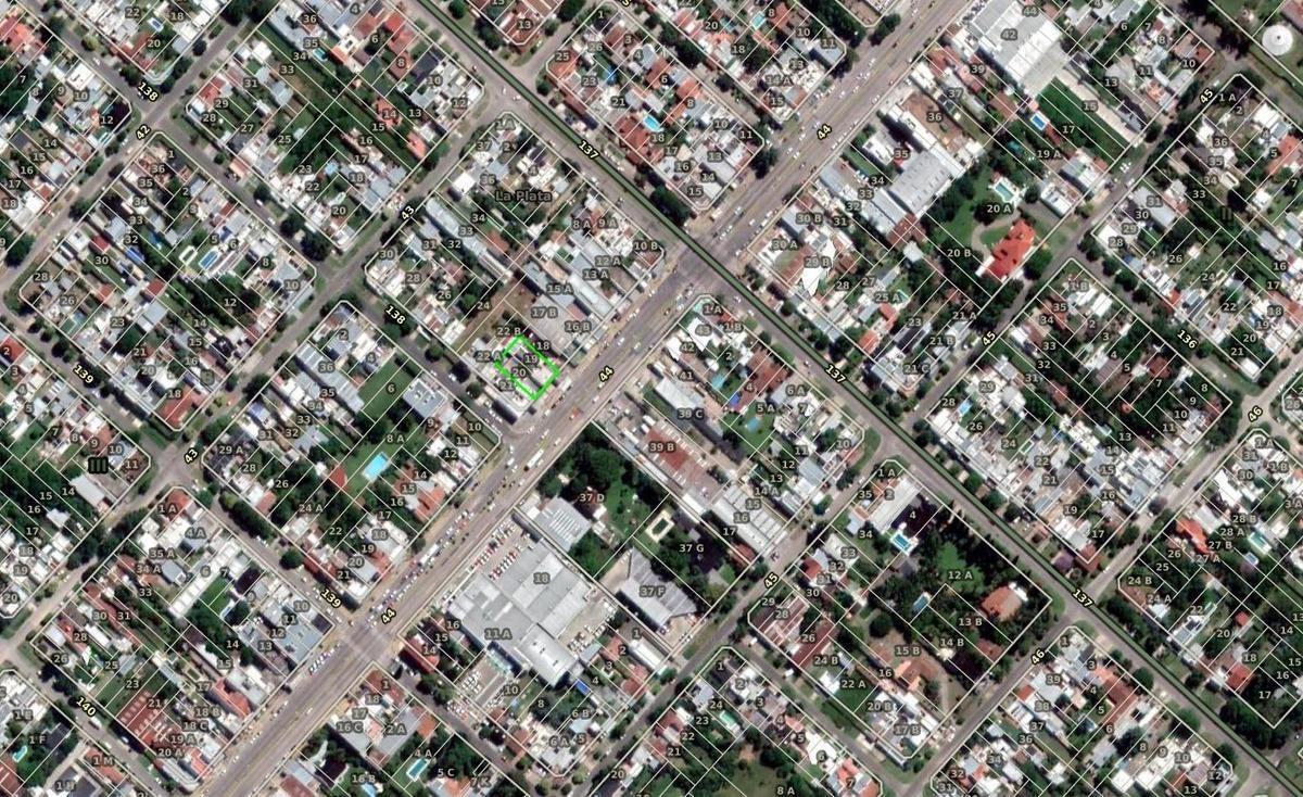 terreno venta sobre avenida 44 lote 20 x 30 mts - 490 mts 2 cubiertos- los hornos