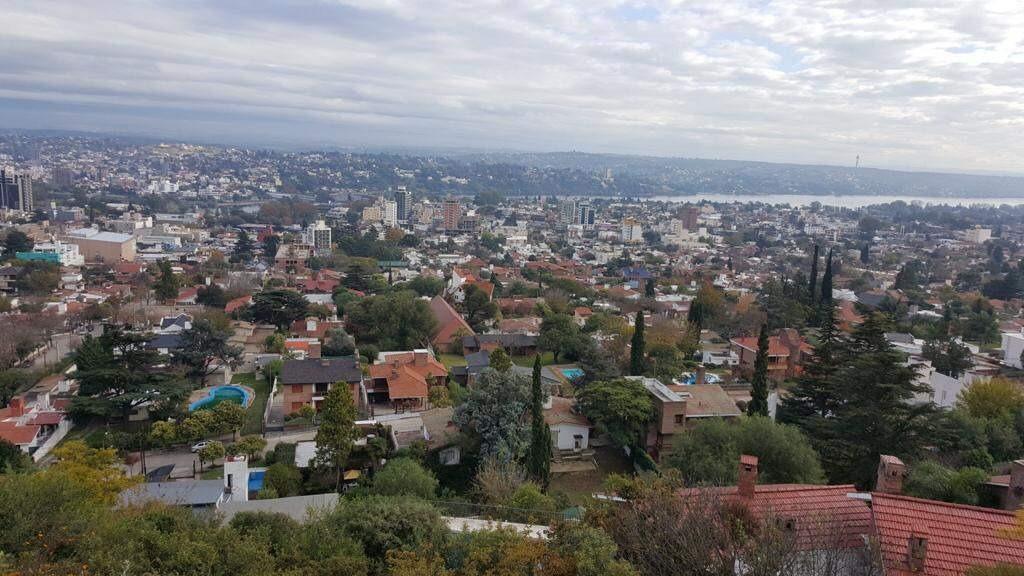 terreno vista al lago y la ciudad en carlos paz