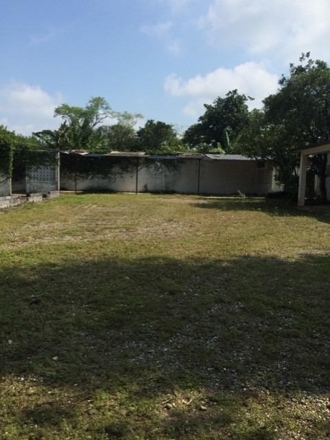 terreno y casa ideal comercio