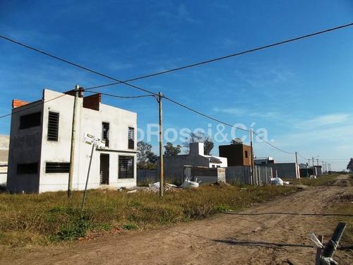 terreno zona aeropuerto, 607 y 19, barrio del sol, la plata