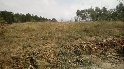 terrenos 1400m² em mairinque otima localização nt
