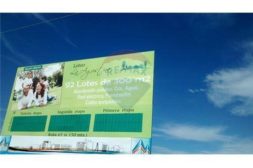 terrenos  300  m2 -financiac  hasta  36 c. e/pesos