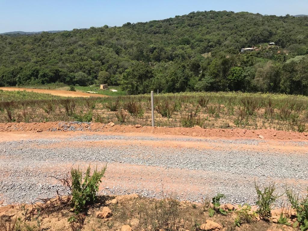 terrenos com area verde e 100% plano com agua e luz j