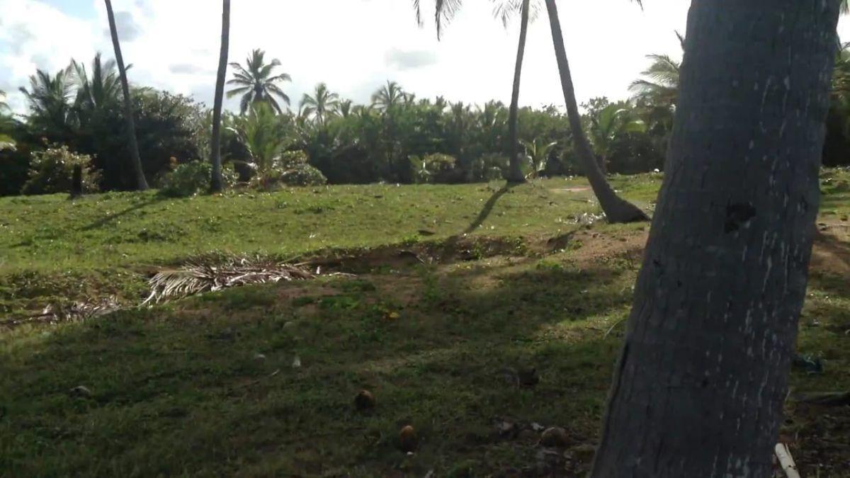 terrenos con frente de playa en miches -la vacama