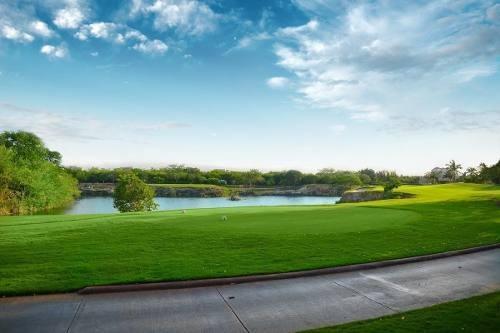terrenos con vista al campo de golf yucatán country club en venta xpokin
