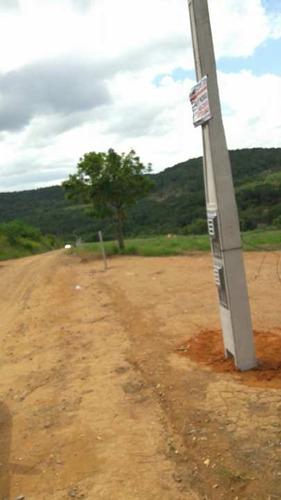 terrenos de 1000 mtrs 5 km da represa com iluminação e aguaj