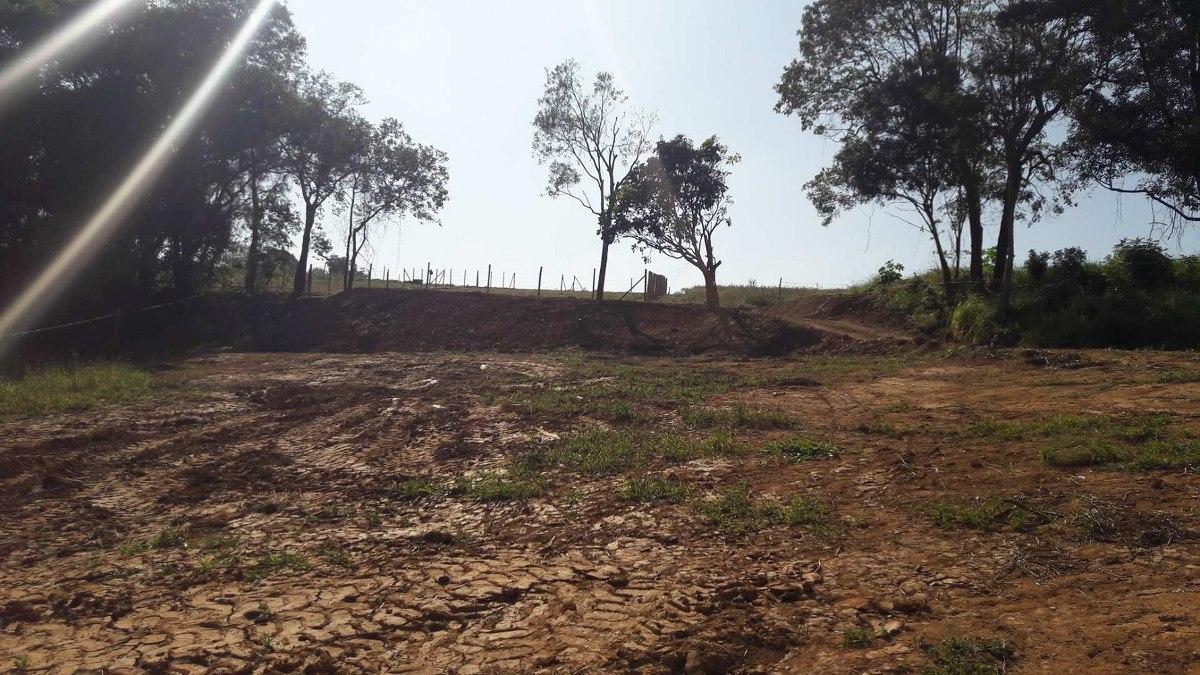 terrenos em ibiuna interior de sao paulo 1000 m2 agua e luz