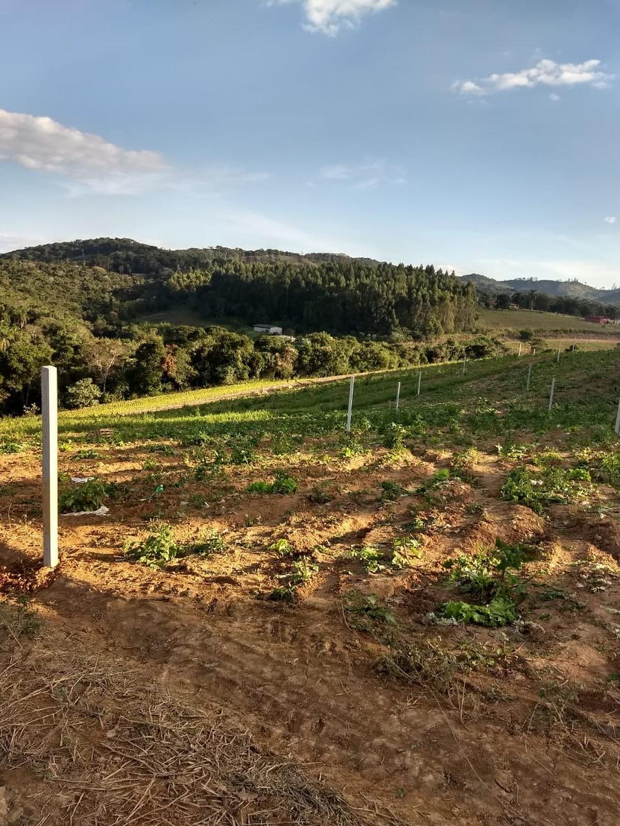 terrenos em ibiuna para formação de chacara com area verde j