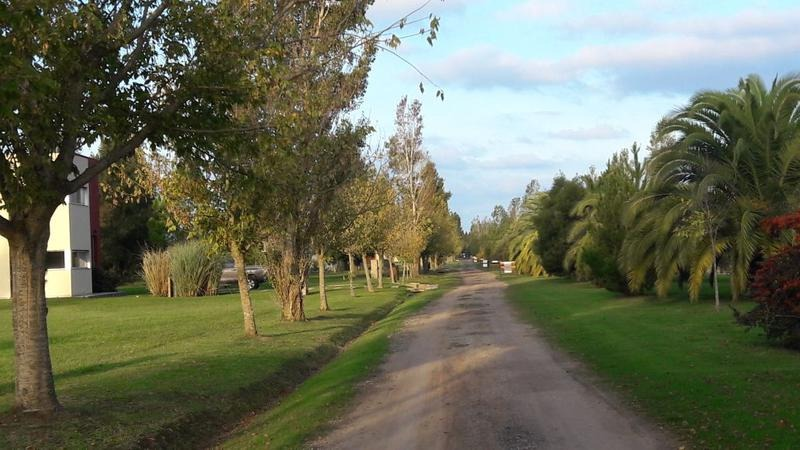 terrenos en barrio cerrado sobre ruta 2