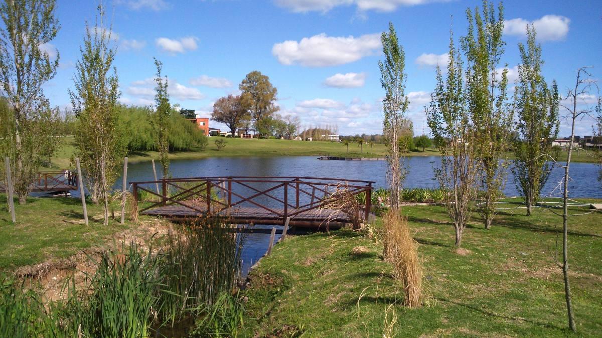 terrenos en lomas de rio lujan