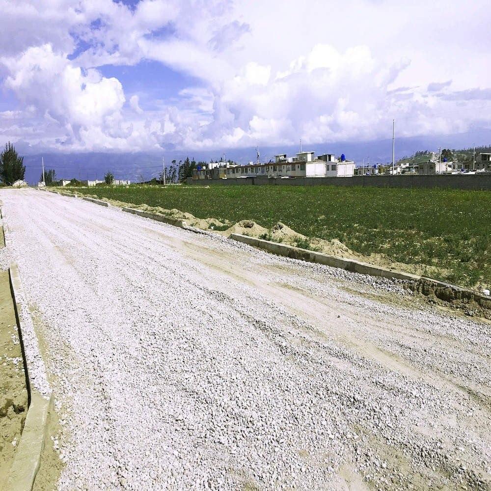 terrenos en san juan de calderón al norte de quito
