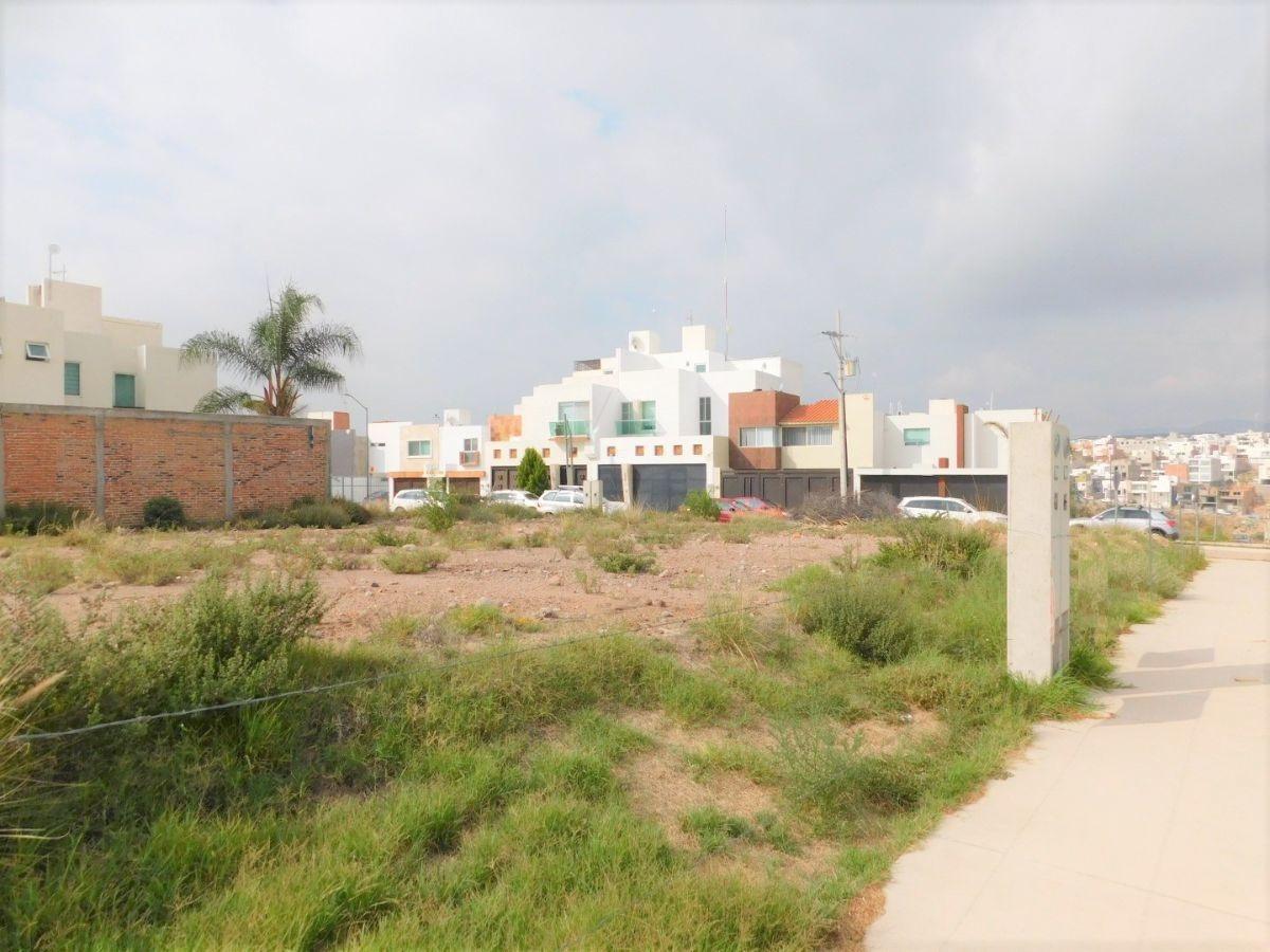terrenos en venta en villa magna de 200m2 se pueden vender juntos