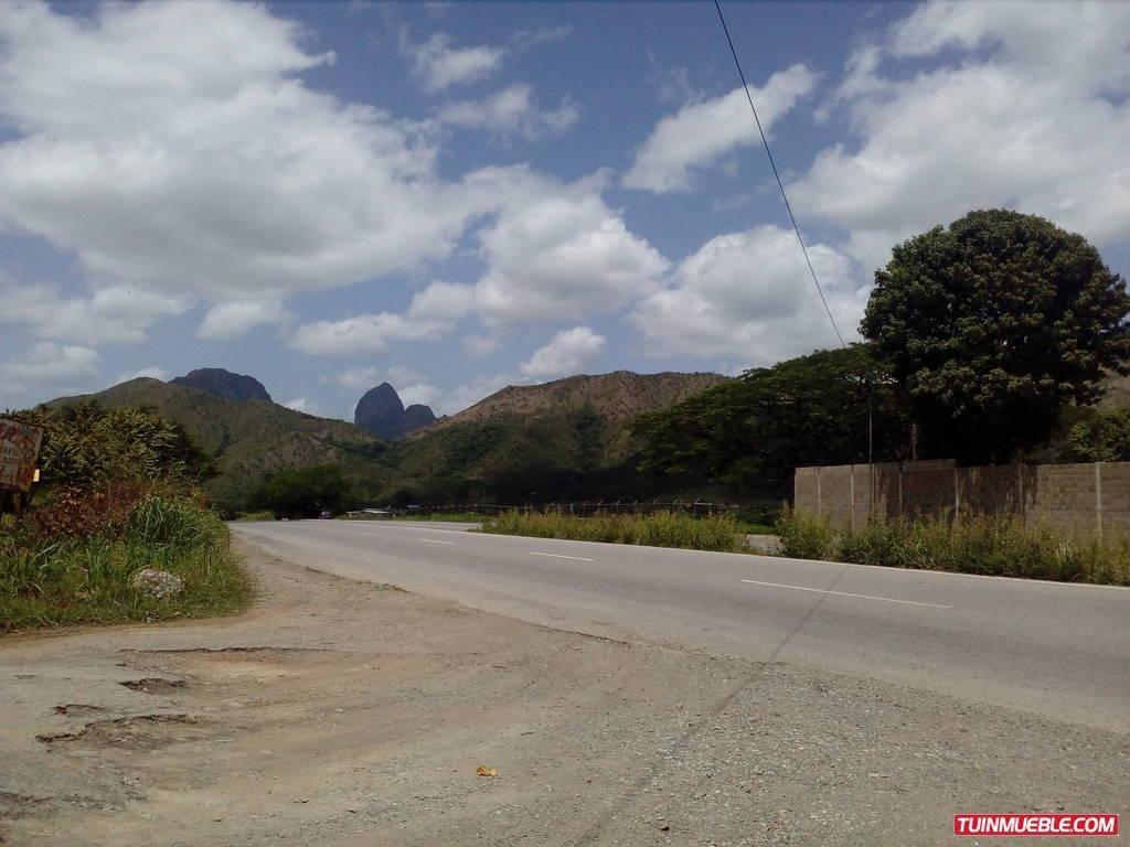 terrenos en venta villa de cura 04166467687