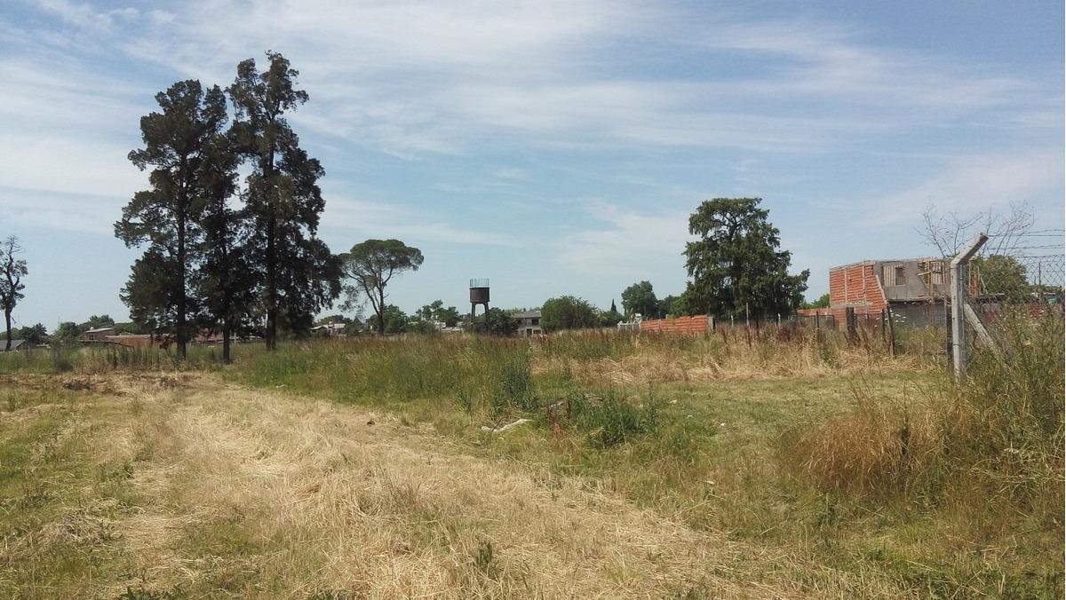 terrenos en zona con colectivos y colegios cerca***