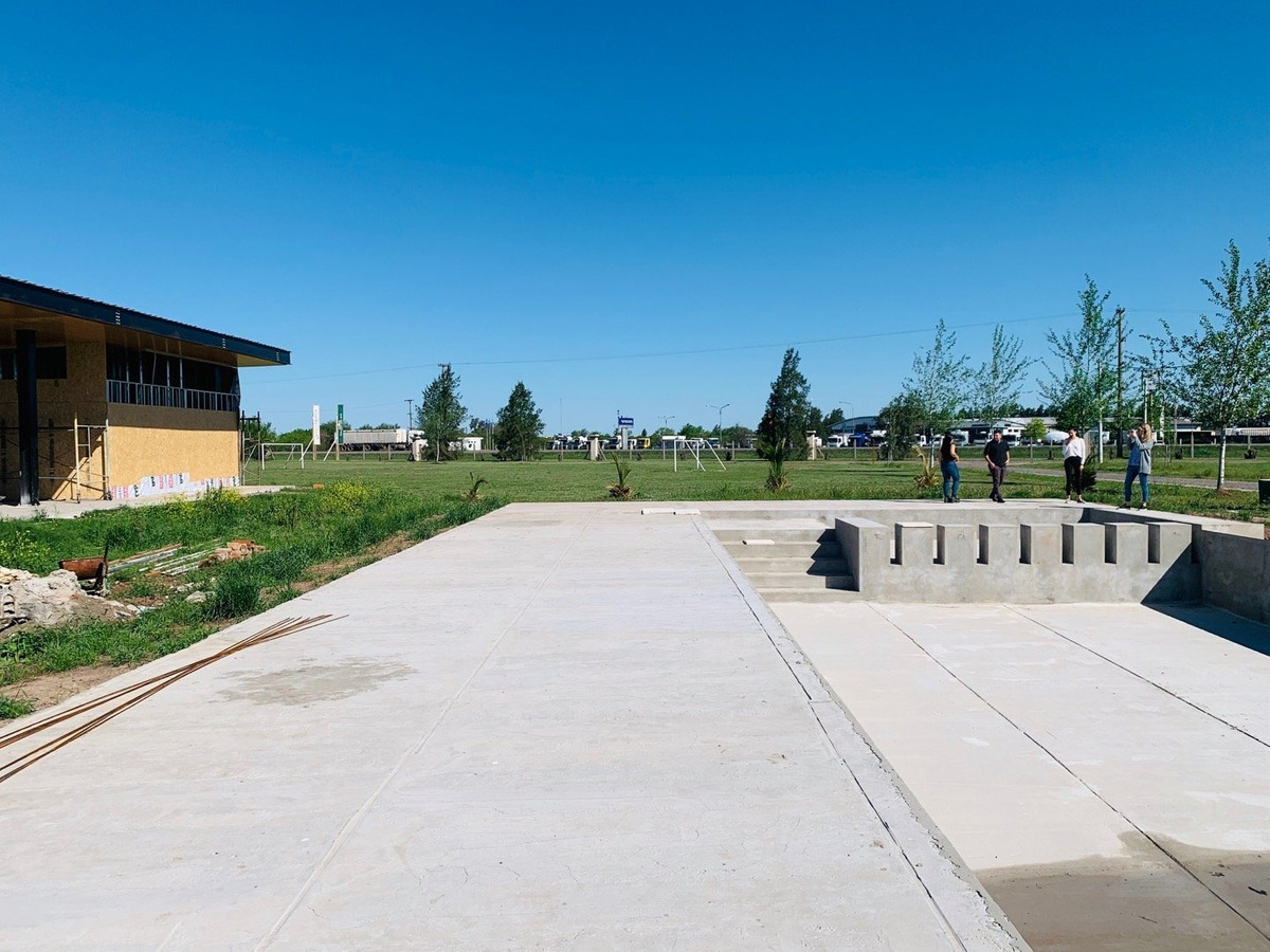 terrenos financiados en barrio privado pinares del sur -  piñero. rapido y facil acceso.