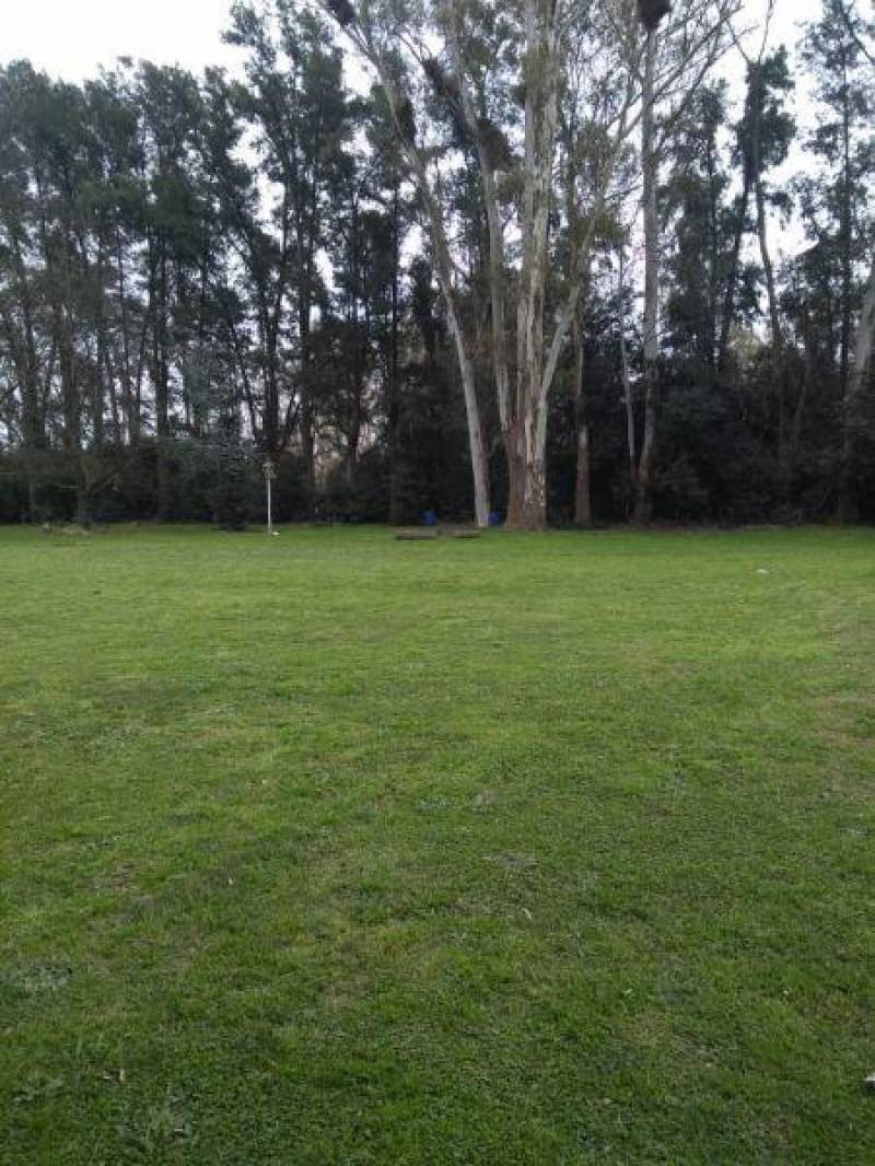 terrenos o lotes venta barrio parque peró