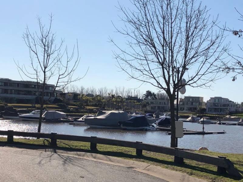 terrenos o lotes venta nordelta el yacht
