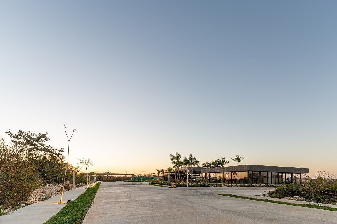 terrenos residenciales dentro de privada
