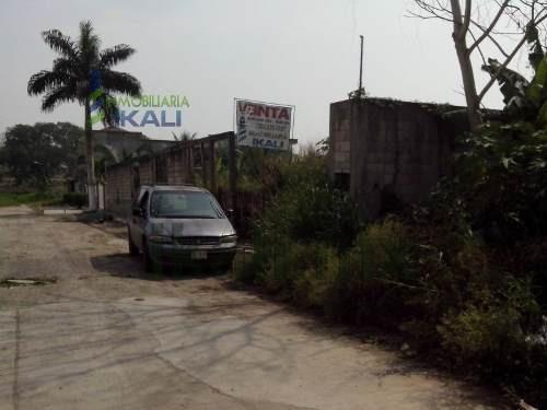 terrenos venta colonia jardines de tuxpan veracruz 1050 m², ubicado en la mejor colonia residencial, muy cerca de los principales centros comerciales de la ciudad en la calle río san marcos de la col