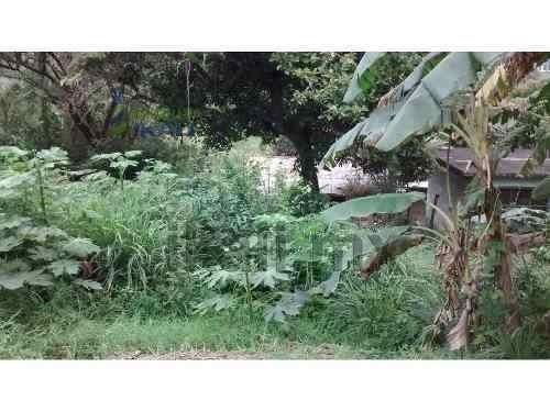 terrenos venta tuxpan ver. se vende terreno de 304 m² (16 metros de frente y 19 metros de fondo) a unos metros del libramiento adolfo lópez mateos, a un costado del motel monte cristo. la zona cuenta