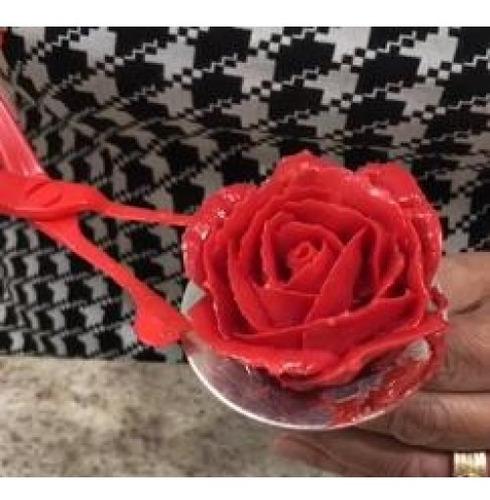 tesoura transferência + suporte de rosas flores confeitaria