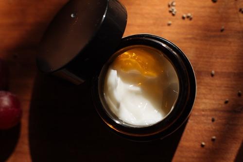 tessa crema antimanchas hidratante, despigmentante